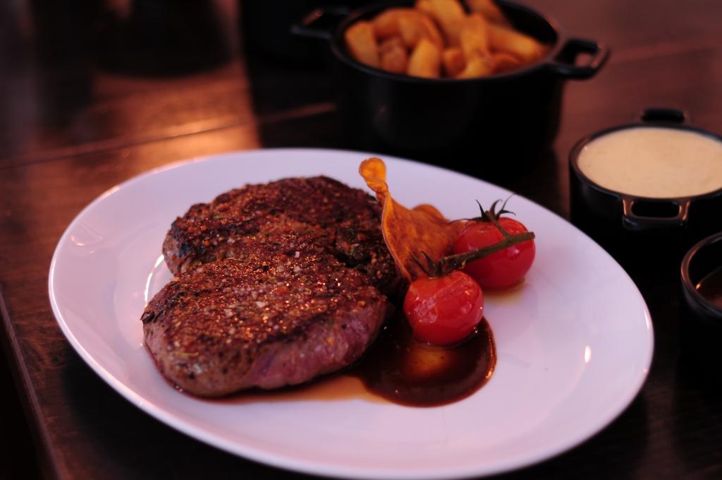 Genuss Magazin Frankfurt News für Genießer - Gut gesattelt - Steaks ...