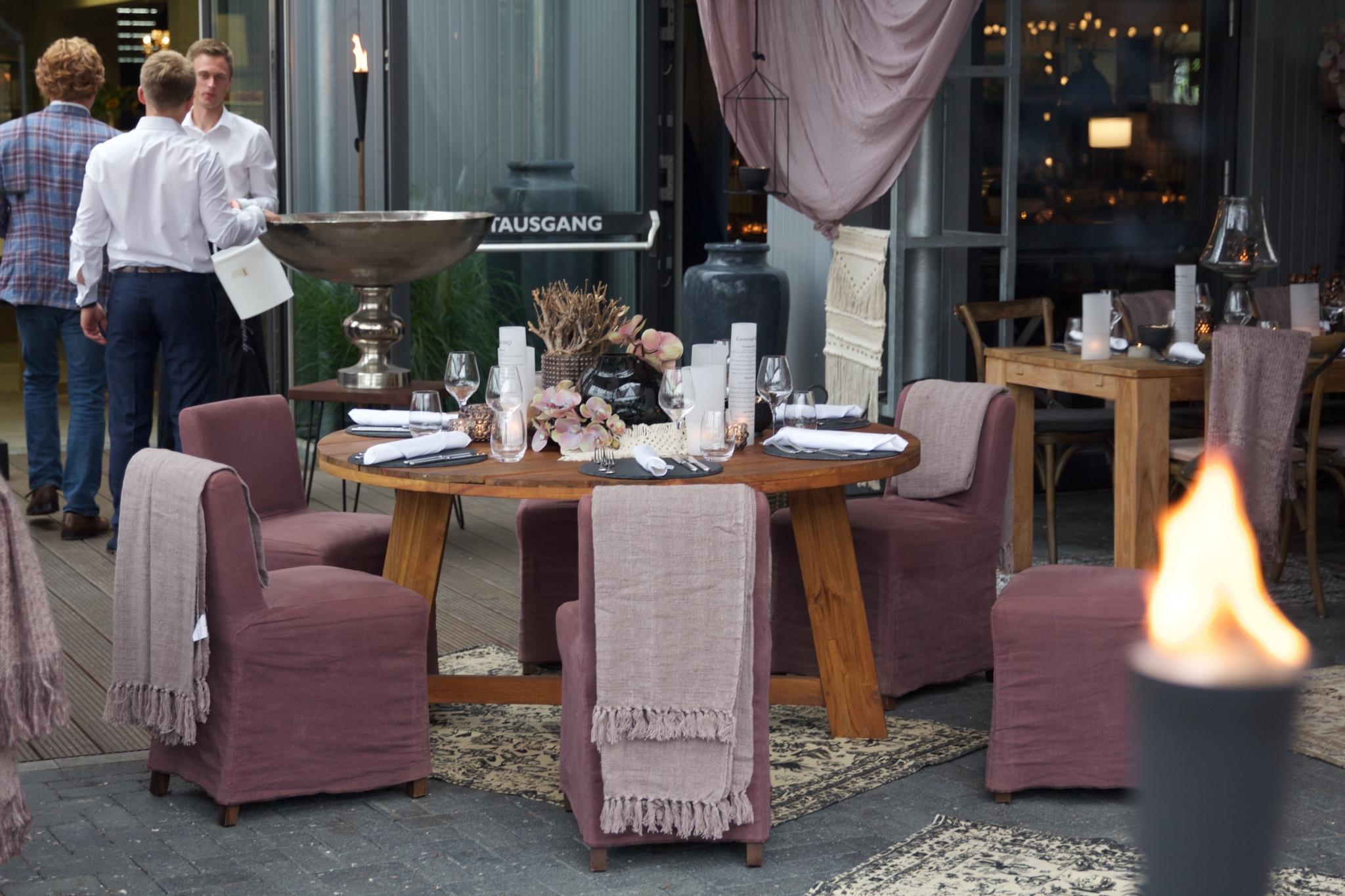 genuss magazin frankfurt lokal nachrichten viva el gusto in dietzenbach dinner with friends. Black Bedroom Furniture Sets. Home Design Ideas