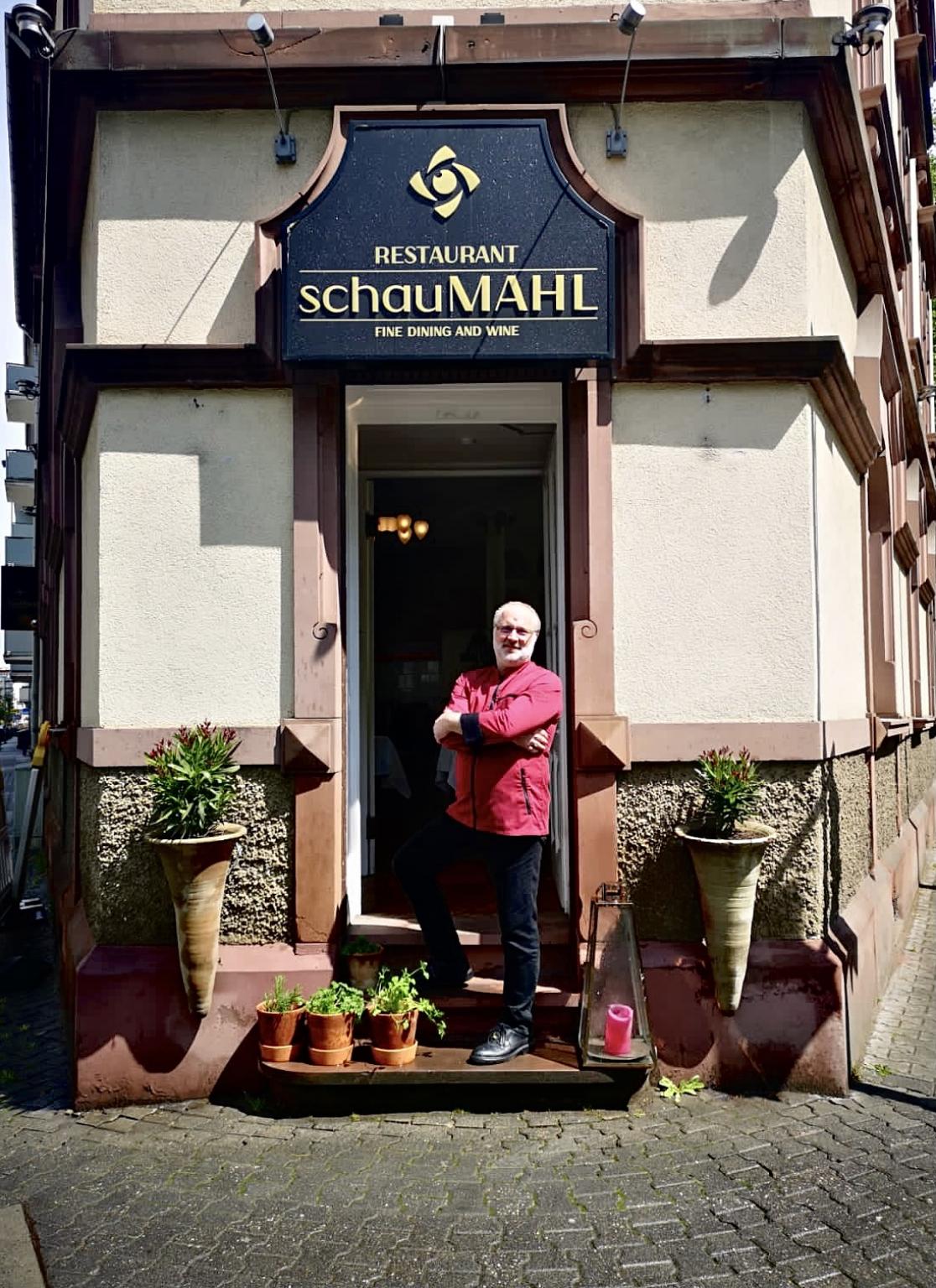 Foto: Sascha Ferstl ist der neue Küchenchef im SchauMAHL. ©SchauMAHL